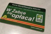 Jak działa Karta Identyfikacyjna Klienta w sklepach Żabka i Freshmarket?